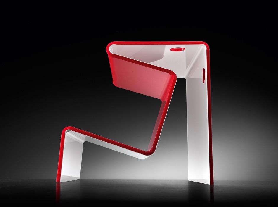 Tavolino d 39 appoggio in plexiglass colorato - Tavolino plexiglass ...